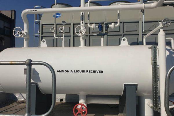 The HP liquid receiver.