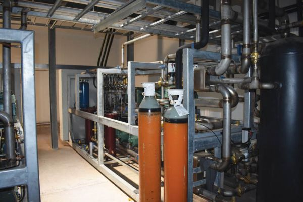 The transcritical CO2 refrigeration system has a total installed capacity of 5.28MW.